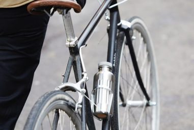 Coloral, une gourde rétro sur votre vélo